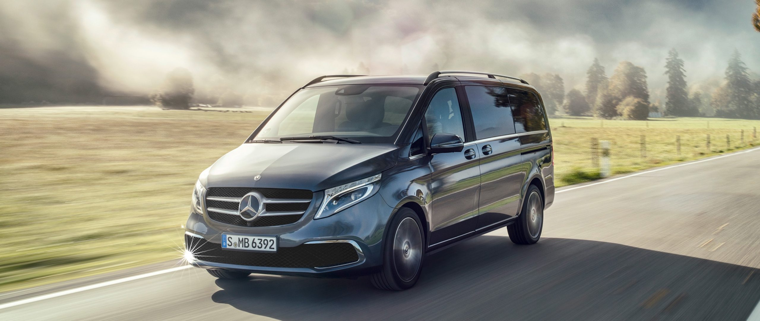 mercedes-benz-v-class-people-mover-driving-through-country-side