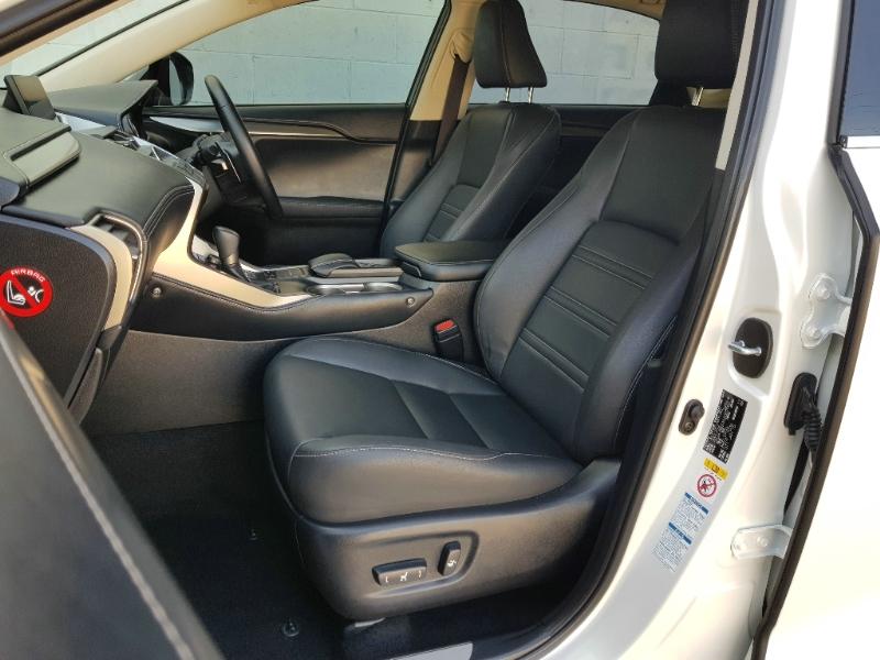 LEXUS NX NX300H E-CVT AWD LUX AYZ15R WAGON