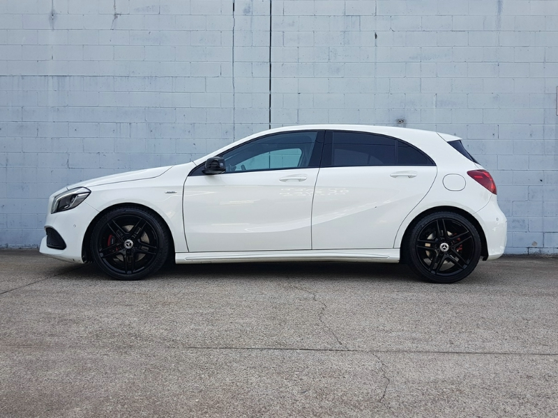 MERCEDES-BENZ A250 SPORT W176 HATCHBACK